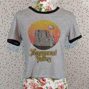 Cotton On Monument Valley Cropped Tee - Size M
